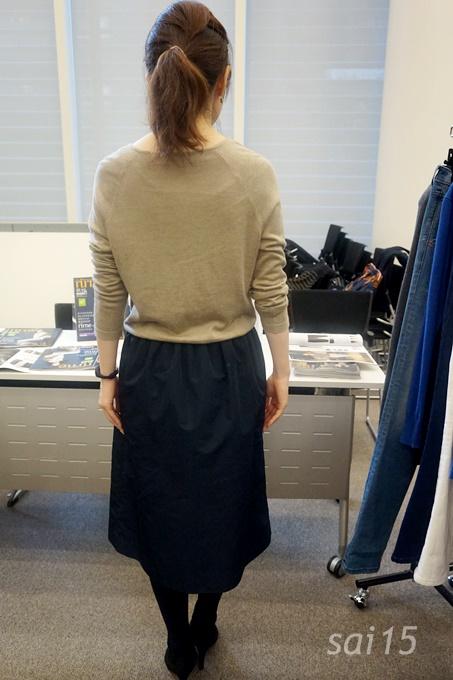 後ろ姿 ふんわりスカート 黒田知永子【Kcarat】 (51)