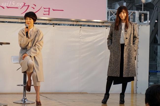 アシメントリースカートを解説する、黒田知永子