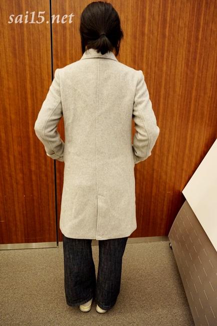 後ろ姿画像 エアーウールジャケットコート