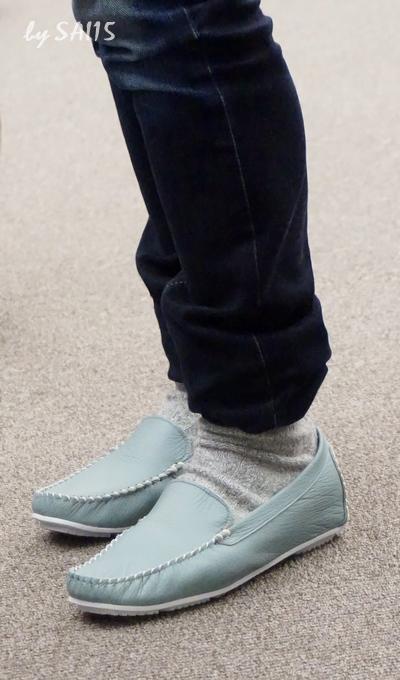 履いてみた画像 日本製本革モカシン
