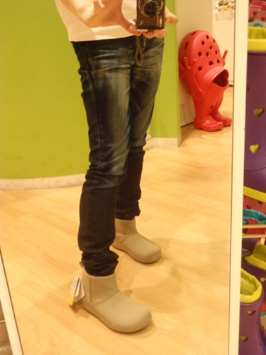 試着画像 【ショーティエッサ シンセティック スエード ブーツ ウィメン(shortyessa synthetic suede boot w)】