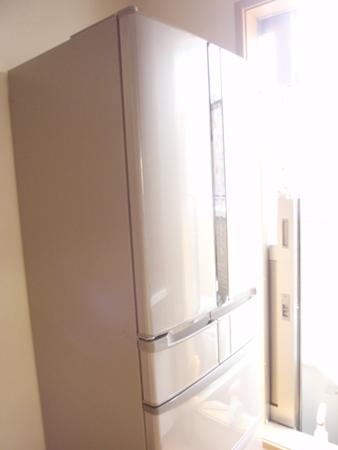 2階リビング 冷蔵庫 日立冷蔵庫RF4440D