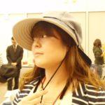 「超最強遮熱つば広UV キャスケット」自転車ママの飛ばない帽子(2)画像あり