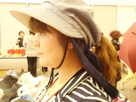 UV帽子 横から ポニーテール画像