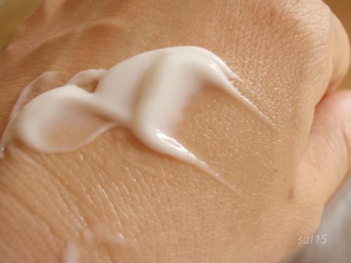 biglen Quick Lift Cream (9) 手の甲