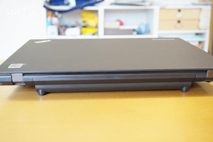 後ろ レノボ ThinkPad X250 (17)