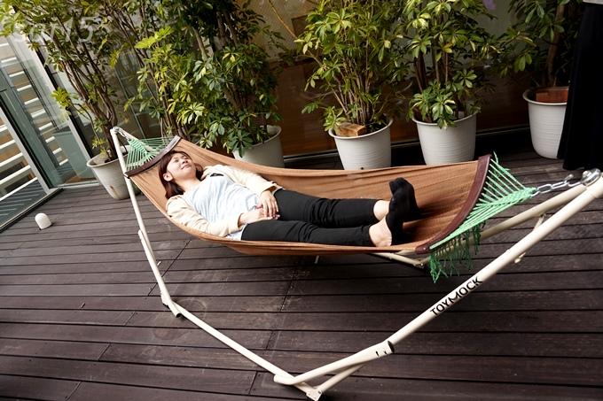 自立式ハンモックに寝てみた。 おすすめのベルメゾン