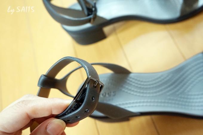 足首ストラップで歩きやすい クロックス・イザベラ ブロックヒール ウィメン (4)
