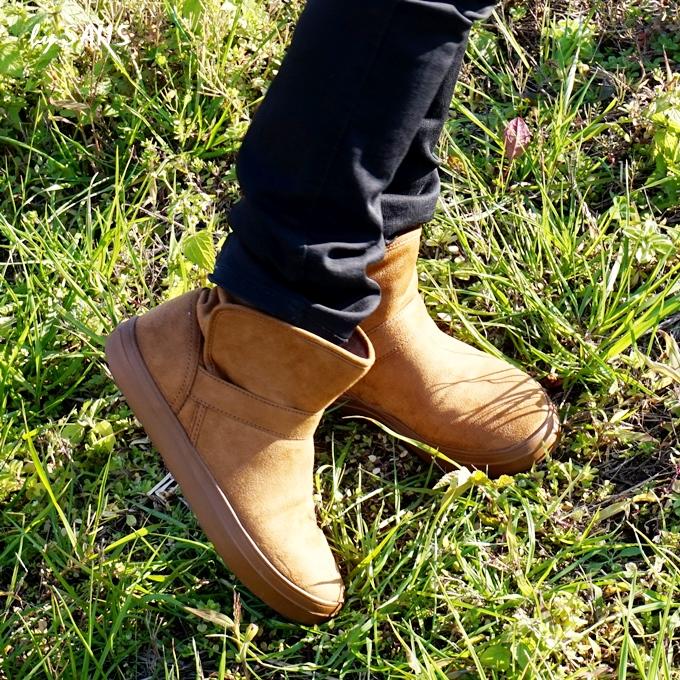 茶色のクロックスブーツは汚れてもへっちゃら